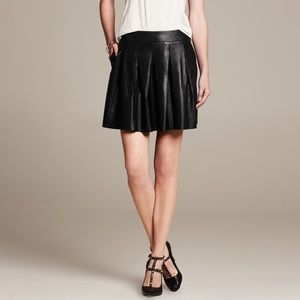 Banana Republic lambskin leather pleated skirt 0